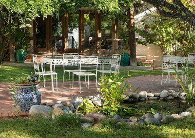Casa_Blanca_back-patio